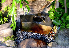手水鉢・根府川石磨きのイメージ